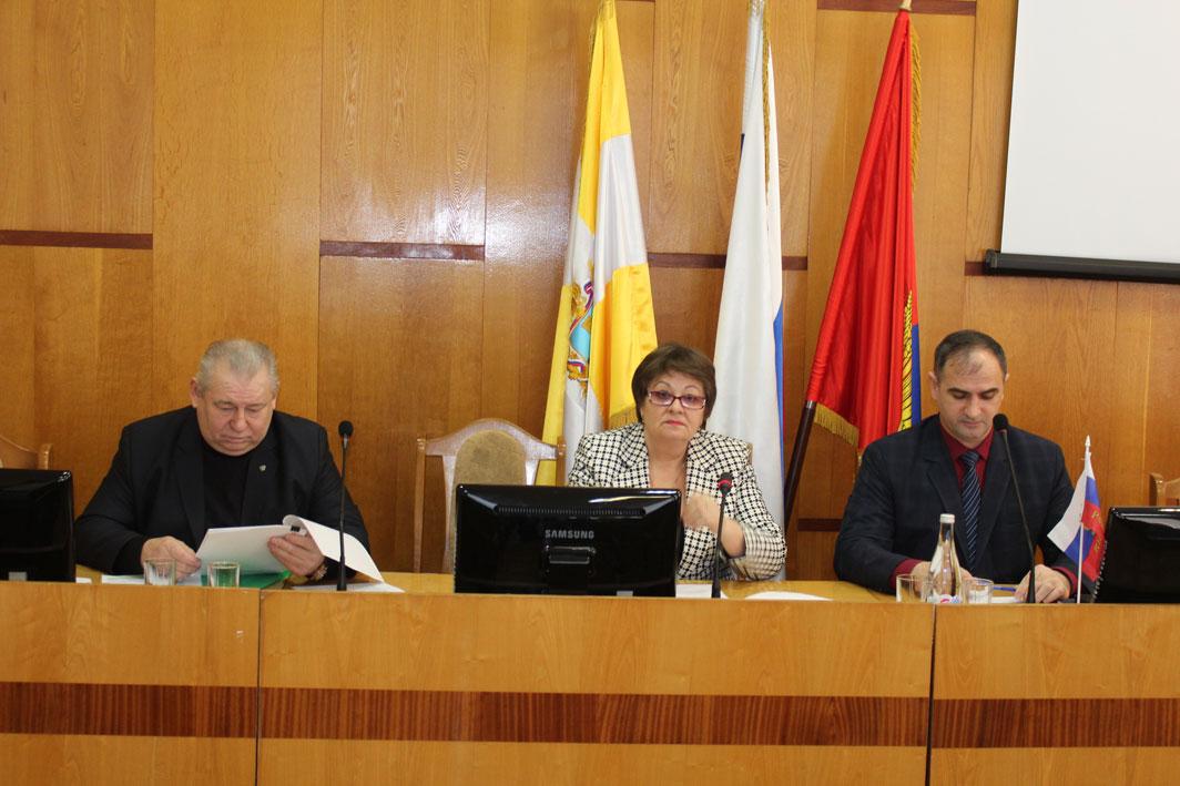 Общественный совет Ипатовского городского округа: выборы руководства и положения дел в различных сферах жизнедеятельности