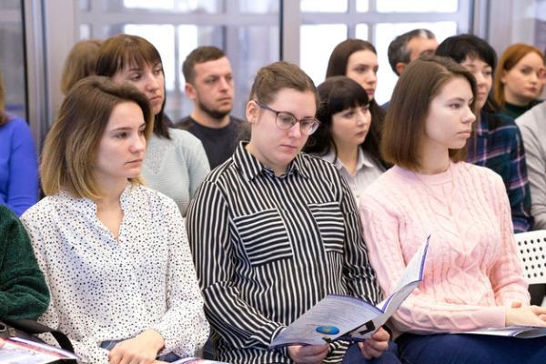 Комиссия Общественной палаты Российской Федерации по развитию высшего образования и науки проводит онлайн опрос